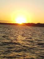 船上からの朝日